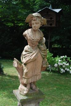 Statue-230